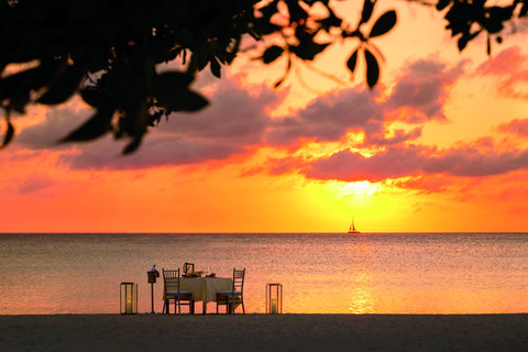 The Ritz-Carlton, Aruba - Private Beach Dinner