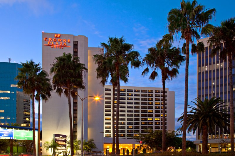 Crowne Plaza Hotel  Los Angeles-Intl. Airport 外景
