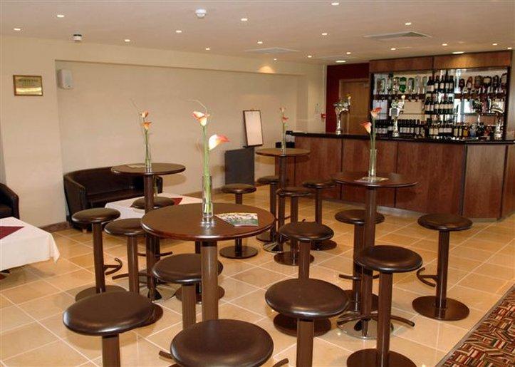 Holiday Inn Garden Court Wolverhampton Ресторанно-буфетное обслуживание