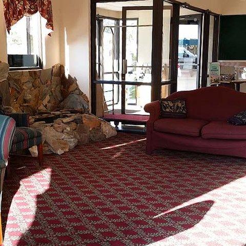 Magnuson Hotel Hardeeville - Lobby