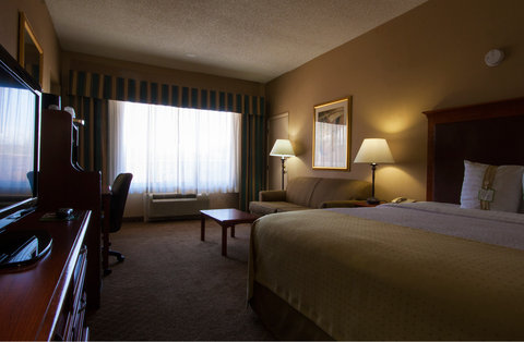 Holiday Inn EL PASO-SUNLAND PK DR & I-10 W - Stretch out on your king-size bed at our El Paso hotel