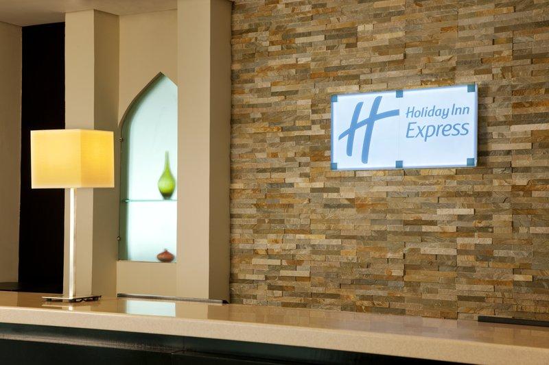 Holiday Inn Express Dubai-Internet City Hall