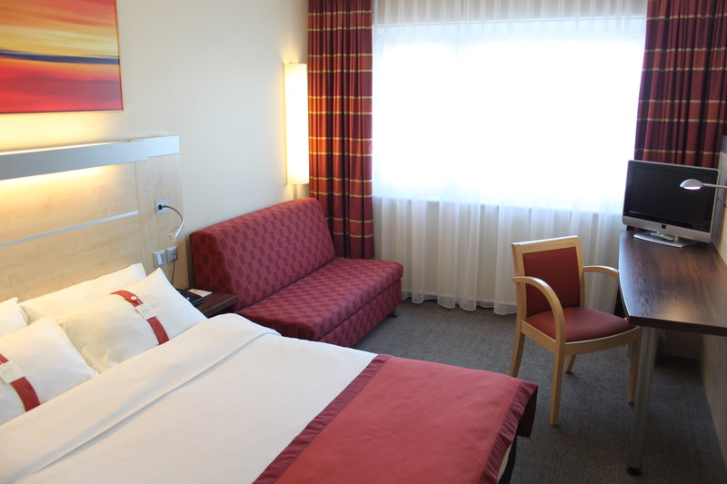 Holiday Inn Express Stuttgart Airport Vista de la habitación