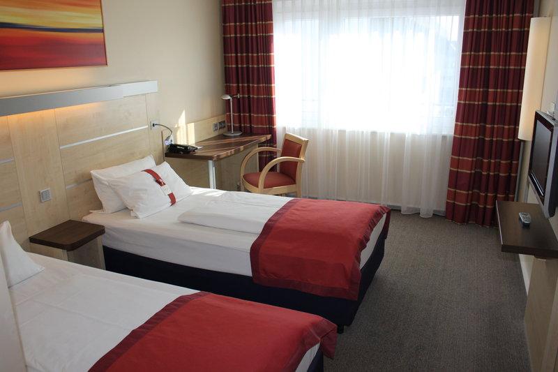 Holiday Inn Express Stuttgart Airport Vista de la habitación