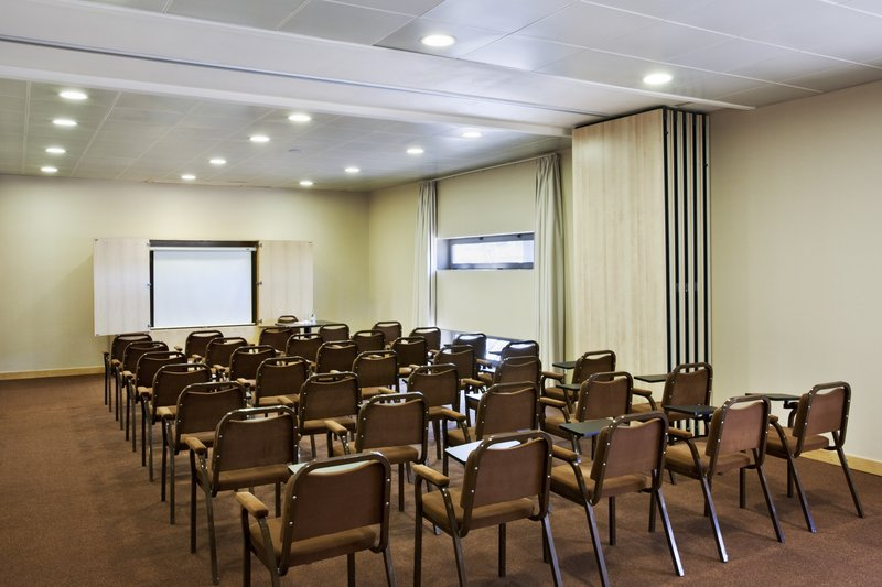 Holiday Inn Express Lisbon-Oeiras Meeting room