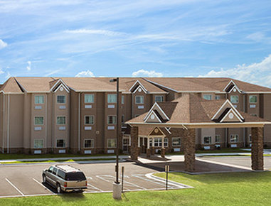 Microtel Inn & Suites by Wyndham Fairmont - Exterior
