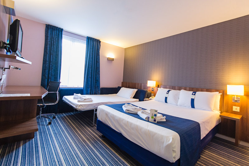 Express by Holiday Inn Poole Вид в номере