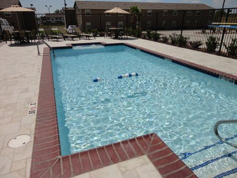 Holiday Inn Express KENEDY - Swimming Pool