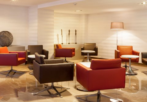 Ac Irla By Marriott - Lobby Lounge Seating Area