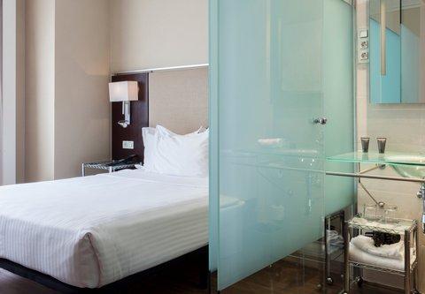Ac Irla By Marriott - Queen Guest Room