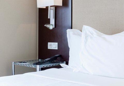 Ac Irla By Marriott - Single Guest Room