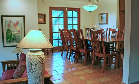 Topanga Canyon Inn Bed and Breakfast - Dining