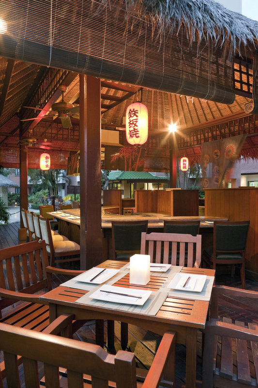 Holiday Inn Batam Gastronomia