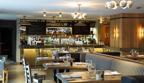 The Back Bay Hotel - Precinct Bar
