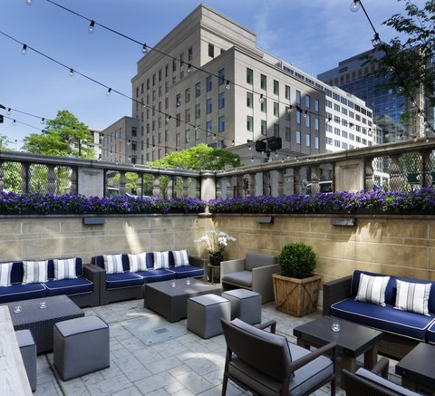 The Back Bay Hotel - Precinct Kitchen Bar Outdoor Seating