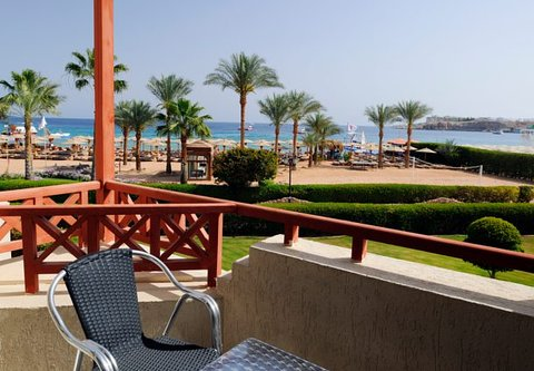 شرم الشيخ ماريوت ريزورت - Beach side Sea view room balcony
