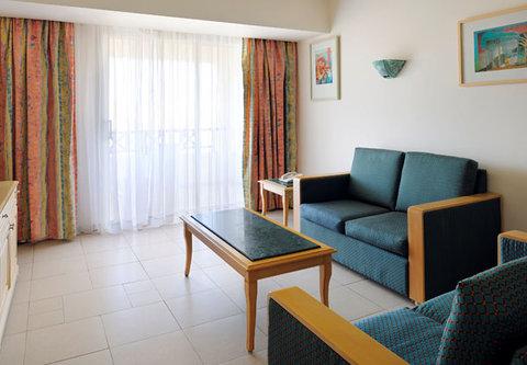 شرم الشيخ ماريوت ريزورت - Garden side Junior suite living room