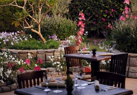 شرم الشيخ ماريوت ريزورت - Parmizzano s Italian Restaurant   Outdoor Dining Area