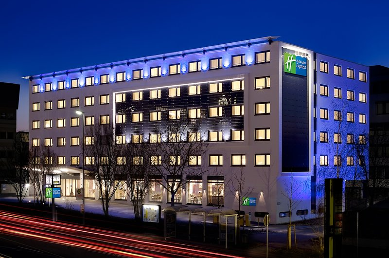 Hotel Holiday Inn Express Stuttgart Airport Leinfelden-Echterdingen Fachada do hotel