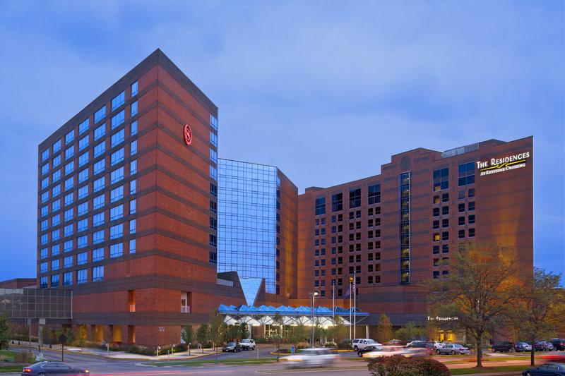 Sheraton Indianapolis Hotel at Keystone Crossing Вид снаружи