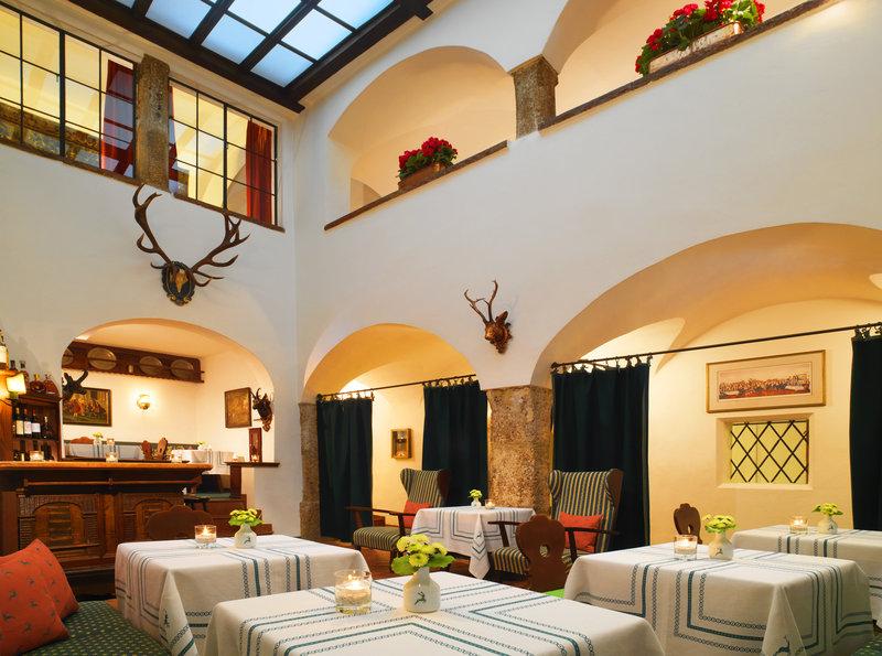Hotel Goldener Hirsch, a Luxury Collection Hotel Salon/Lobi