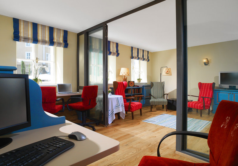 Hotel Goldener Hirsch, a Luxury Collection Hotel Diğer
