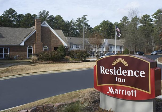 RESIDENCE INN PINEHUR MARRIOTT