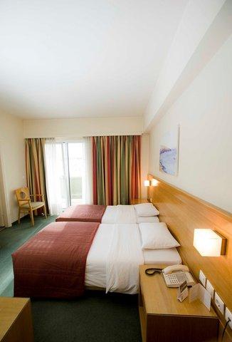 Athinais Hotel - Twin Room