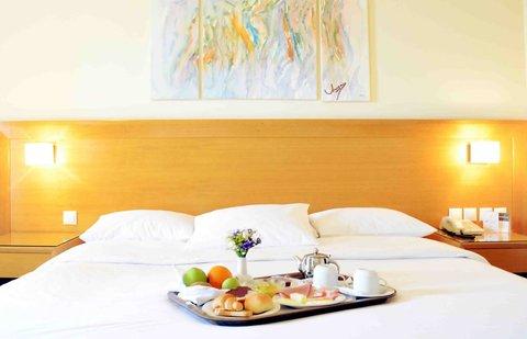 Athinais Hotel - King Room