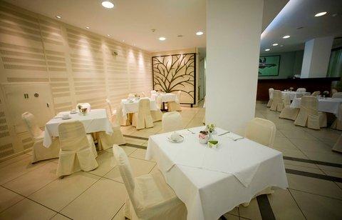 Athinais Hotel - Breakfast Hall