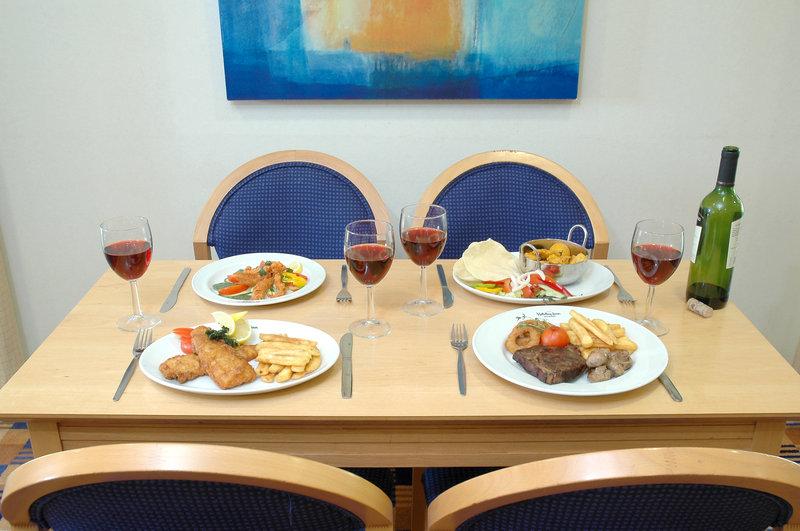 Holiday Inn Express Canterbury Gastronomy