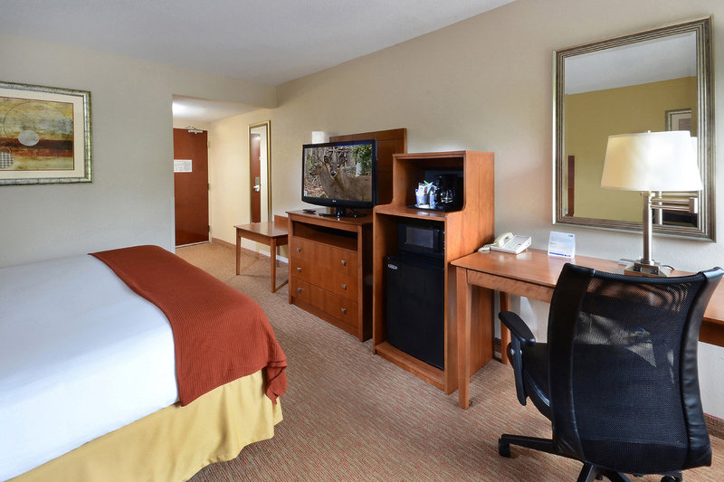 Holiday Inn Express Raleigh-Durham Airport Szobakilátás