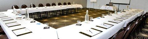 Chifley Doveton Hotel Dandenong - Meetings1
