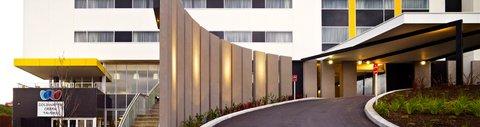Chifley Doveton Hotel Dandenong - Home1