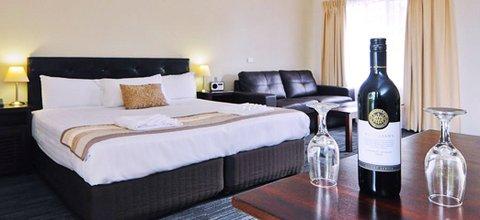 Sanctuary Resort - Room2