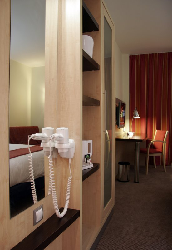 Holiday Inn Express Madrid-Alcorcon View of room