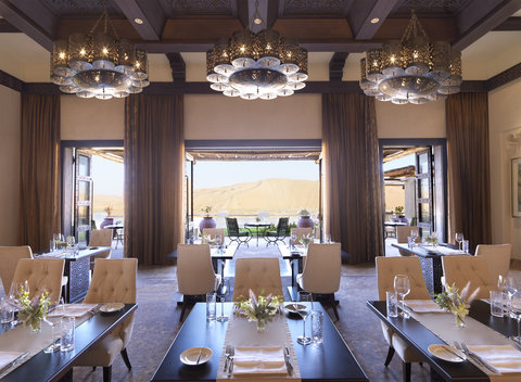 أنتارا قصر السراب منتجع الصحراء - Royal Pavilion Villas The Dining Room