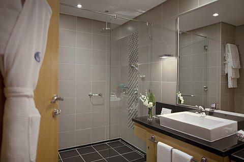 Hala Arjaan by Rotana - Marble Bathrooms