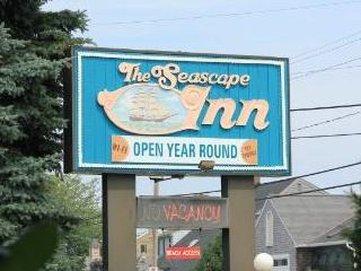 The Seascape Inn - Sign