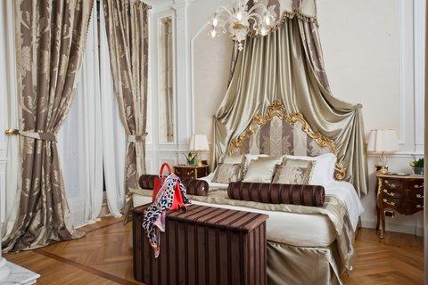 Grandhtl Majestic Gia Baglioni - Suite Bed