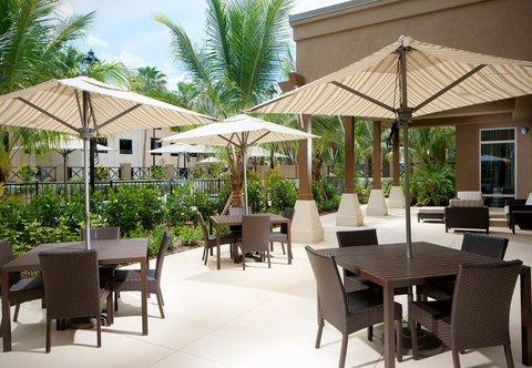 Courtyard Palm Beach Jupiter - Outdoor Patio