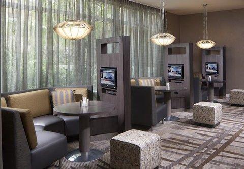Courtyard Palm Beach Jupiter - Media Pods