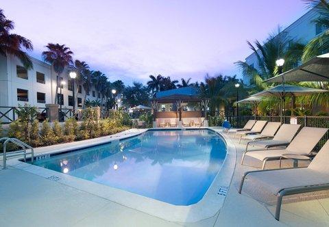 Courtyard Palm Beach Jupiter - Outdoor Pool