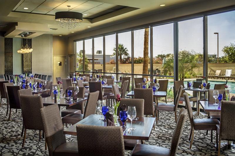 Crowne Plaza Hotel Phoenix Airport 餐饮设施