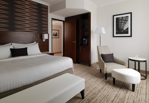 Cologne Marriott Hotel - Executive King Suite Bedroom