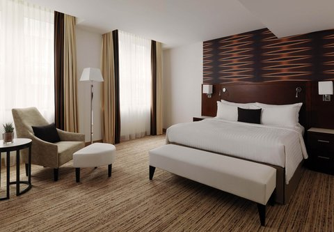 Cologne Marriott Hotel - Grand Executive Suite Bedroom - King