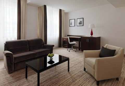 Cologne Marriott Hotel - Executive Suite Living Room