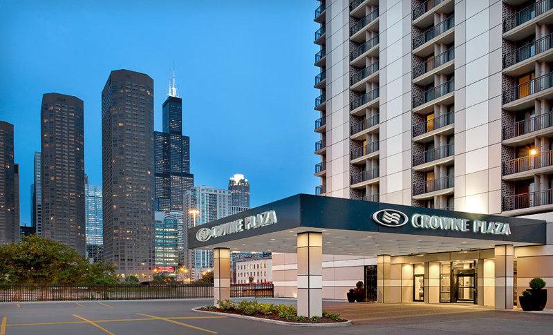 Crowne Plaza Hotel Chicago-Metro Ulkonäkymä
