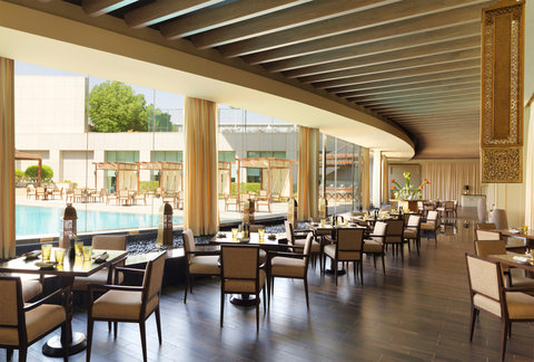 فندق فور سيزن  - The Grill Restaurant