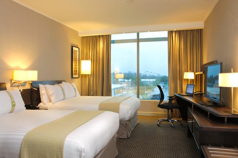 Holiday Inn Santiago Airport 客室